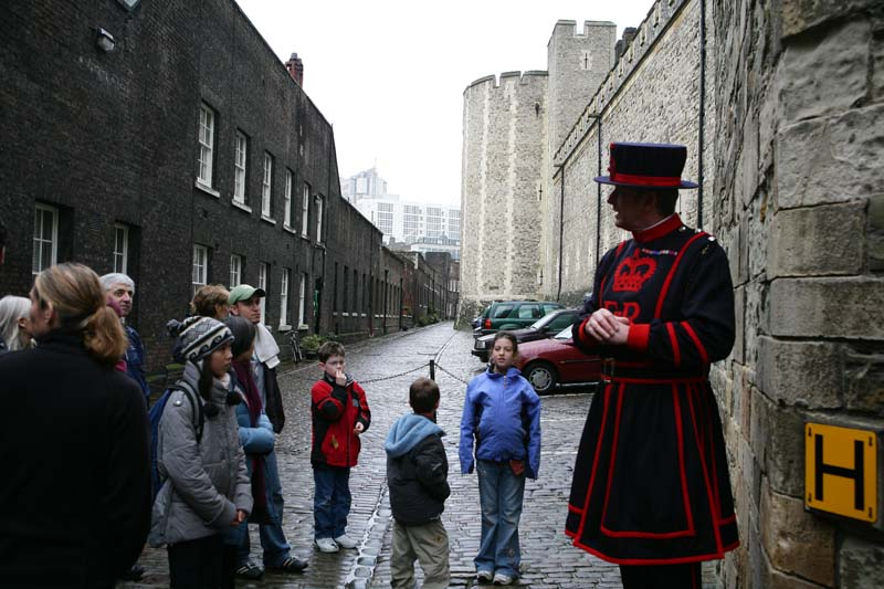 the tower of london entrance