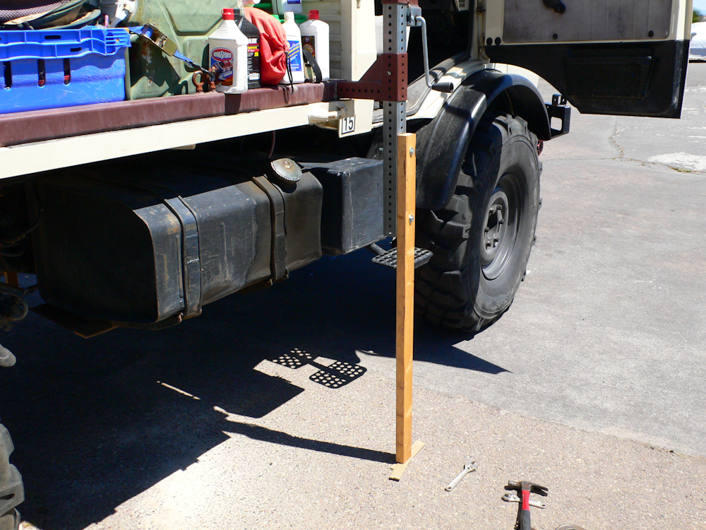 Alaskan Camper Hydraulic Repair 20090420